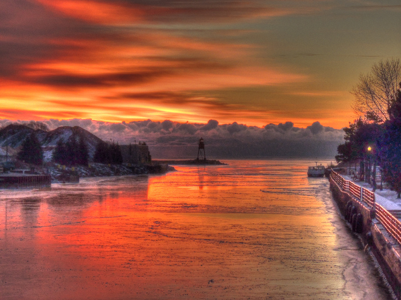 Thunder Bay River - winter sunrise